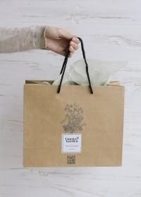 Подарочный крафт пакет Consta Garden размер M фото