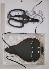 Подарок флористу – чехол-кабура на пояс и ножницы флористические Black Chikamasa фото