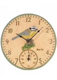 Часы настенные рельефные украшены фигуркой птички синички Blue Tit by Outside In Smart Garden фото