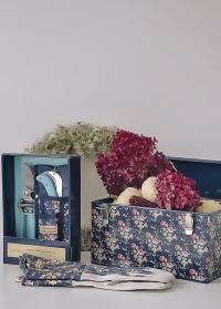 Подарок женщине-садоводу Flower Girl Julie Dodsworth от Consta Garden фото