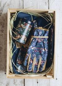 Подарок садоводу Strawberry Thief by William Morris Briers