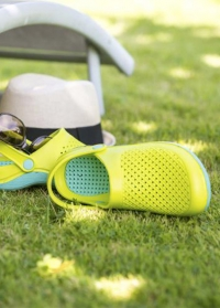 Сабо из эва женские с ремешком Lime & Grey Sun от AJS-Blackfox фото