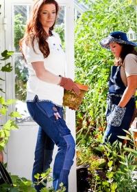 Одежда для флориста - брюки-джинсы GardenGirl Denim Collection фото.jpg