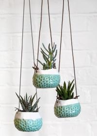 Керамическое подвесное кашпо для суккулентов и кактусов Baby Dotty Burgon Ball фото.jpg