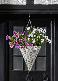 Кашпо конус для цветов из искусственного ротанга Seashell Smart Garden фото