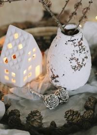 Подсвечник белый керамический домик Delia Lene Bjerre фото