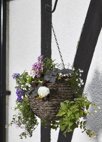 Кашпо подвесное цветочный шар плетеное из искусственного ротанга Tawny Faux Rattan Ball Smart Garden фото