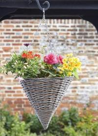 Кашпо плетеное подвесное для уличных растений Milano Faux Rattan от Smart Garden картинка