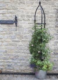 Обелиск садовый для вьющихся растений Oxford Obelisk Smart Garden картинка