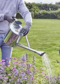 Садовая оцинкованная лейка для полива цветов 9 л. Galvanised Steel Smart Garden фото