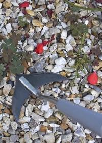Плоскорез для прополки и рыхления на короткой ручке Weed Slice Burgon & Ball фото