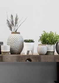 Кашпо керамическое для комнатных цветов Helsia от Lene Bjerre фото