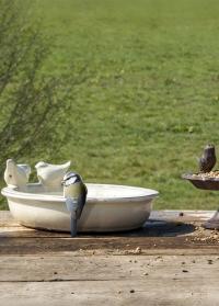 Купальня-кормушка для птиц керамическая овальная White FB404 Esschert Design фото