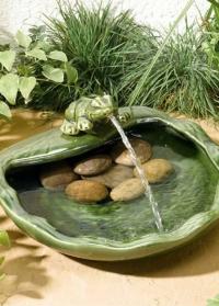 Садовый фонтан на солнечной батарее для дачи и сада Лягушка Smart Garden фото