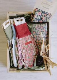 Перчатки садовые из хлопка для работы с растениями Orangery Julie Dodsworth Briers фото