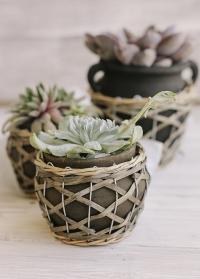 Кашпо для цветов керамическое с плетеным декором Rina Lene Bjerre фото
