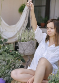 Плетеное джутовое кашпо для комнатных цветов Munesia Lene Bjerre фото