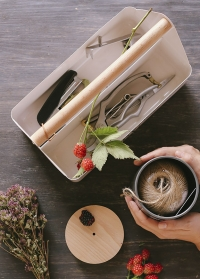 Ящик металлический для инструментов флориста Stone Burgon & Ball фото.jpg