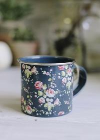 Эмалированная кружка в подарок садоводу Flower Girl Briers фото.jpg