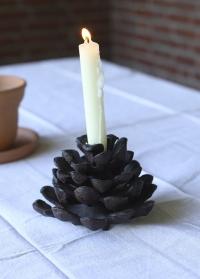 Подсвечник новогодний чугунный Шишка для высокой свечи Esschert Design XM61 фото