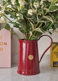 Кувшин металлическиййдля цветов Classic Burgundy 9222-BUR Haws Великобритания фото
