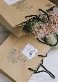 Оригинальная фирменная упаковка от Consta Garden - подарочный пакент из крафта картинка