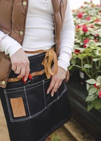 Что подарить флористу - джинсовый фартук Esschert Design заказать с доставкой фото