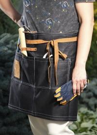 Что подарить флористу - джинсовый фартук с карманами для инструментов Esschert Design заказать с доставкой фото