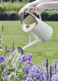 Металлическая лейка для полива цветов 4.5 л. Cream Smart Garden фото
