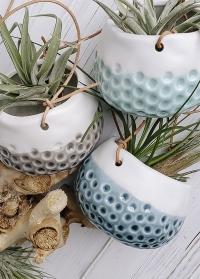 Маленькие подвесные кашпо для суккулентов и кактусов Baby Dotty Trio Burgon Ball фото