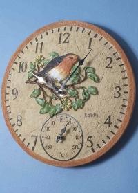 Английские настенные часы для дома и улицы Малиновка Robin by Outside In Smart Garden картинка