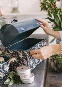 Кейс для инструментов в подарок женщине-садоводу Flower Girl Julie Dodsworth от Consta Garden фото