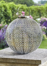 Декоративный фонарь на солнечной батарее для загородного участка Giant Damasque Smart Garden фото
