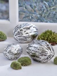 Новогодние серебряные грецкие орехи для интерьерных композиций от Lene Bjerre (Дания) фото