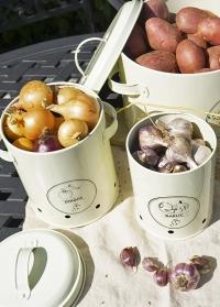 Эмалированный контейнер для хранения лука Esschert Design
