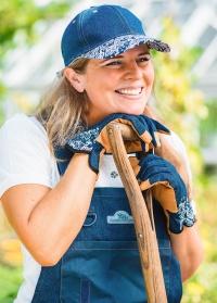 Рабочий джинсовый комбинезон для сада и дачи GardenGirl Denim Collection фото