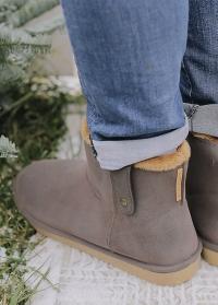 Резиновые утепленные ботинки угги французского бренда AJS Blackfox фото