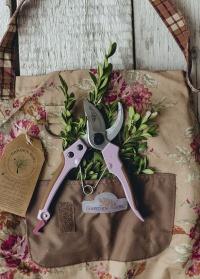 Подарок GardenGirl Classic «Розы в саду»
