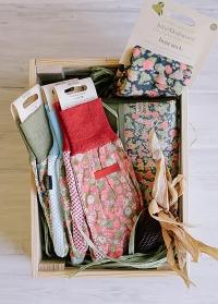 Набор флористических перчаток из хлопка Orangery by Julie Dodsworth Briers фото.jpg
