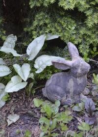 Декоративная фигурка Кролик AC165 Esschert Design для сада и дачи фото