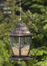 Дизайнерская кормушка для птиц Фонарь для загородного участка от Smart Garden картинка