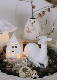 Подсвечник для чайной свечи Дом керамический Delia Lene Bjerre фото