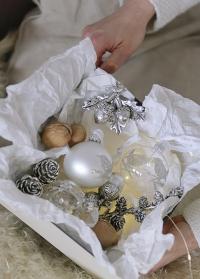 Новогодний елочный шар из прозрачного стекла с серебряной птичкой от Lene Bjerre (Дания) фото
