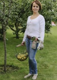 Подарок для сада и огорода Orangery by Julie Dodsworth Briers - садовые инструменты и перчатки фото