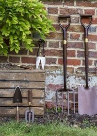 Совок садовый для посадки растений National Trust от Burgon & Ball картинка
