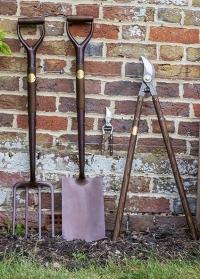 Купить садовую лопату National Trust английского бренда Burgon & Ball фото