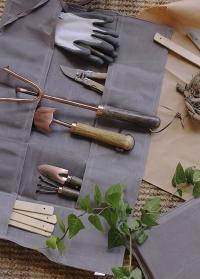 Чехол с карманами для хранения садовых инструментов Waxed GT210 Esschert Design фото