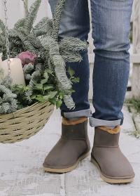 Ботинки угги резиновые зимние с утеплителем AJS Blackfox фото